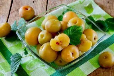 сладкие моченые яблоки