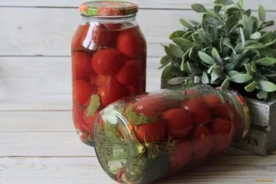 маринованные помидоры с эссенцией