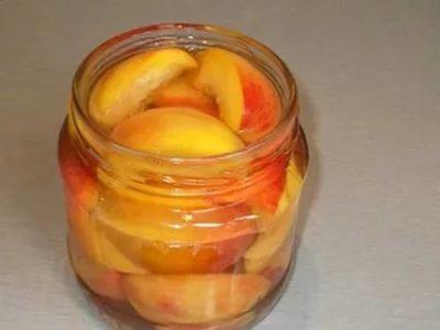 персики в желатине на зиму