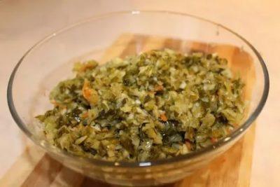 крошево из зеленых листьев капусты на зиму