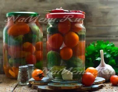 ассорти на зиму из огурцов и помидор с лимонной кислотой